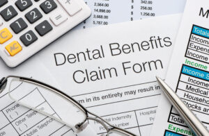 Difference Between Dental Insurance and Discount Dental Plans